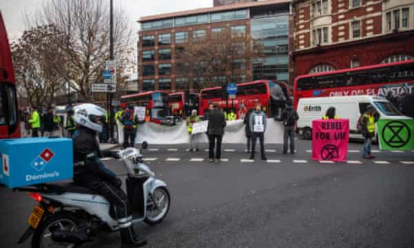 Environmentalists bring traffic to a standstill across the capital