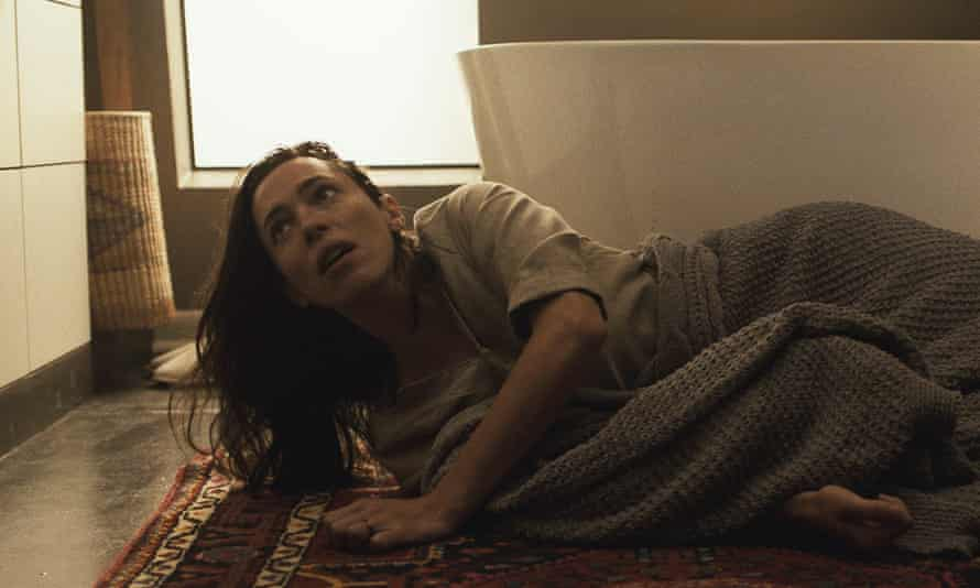 Rebecca Hall as Beth in The Night House.
