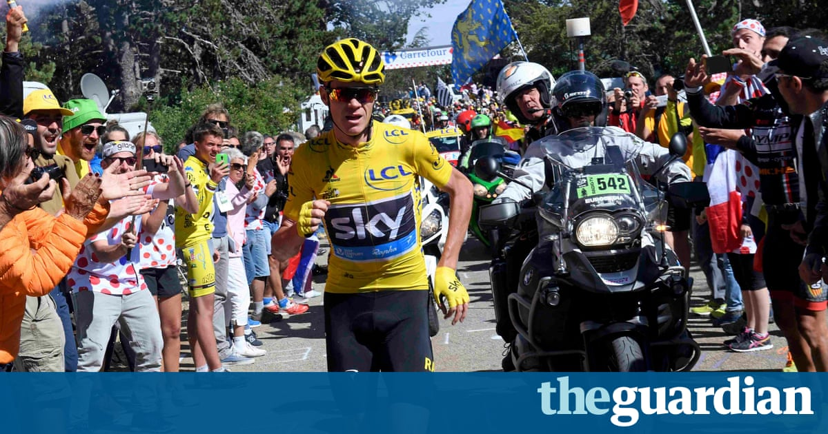 Chris Froome keeps Tour de France yellow jersey after stage 12 ends in farce