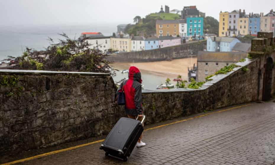 A tourist in Tenby