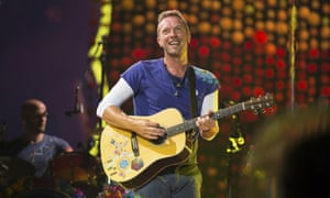 Chris Martin performs tribute to Linkin Park singer Chester
