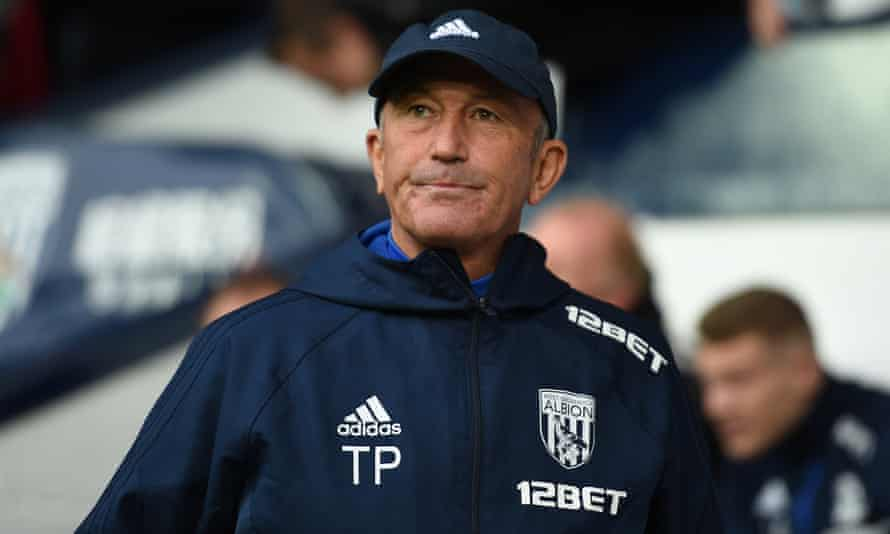 Manager Tony Pulis watches on as his West Brom side were defeated by Chelsea.