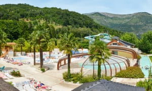 Sunelia's Les Trois Vallées site in the Pyrenees, featuring its slides and waterpark.