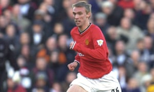 Chadwick playing for Manchester United in 2001.