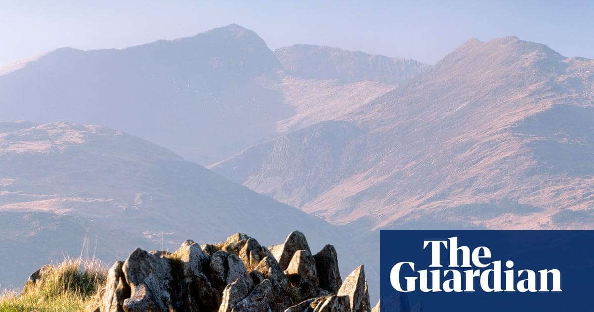 Two women struck by lightning on summit of Snowdon