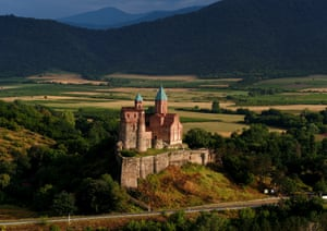 Gremi church and castle, with its backdrop of vineyards lit by the morning sun