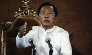 菲律宾的Ferdinand Marcos,Manafort的前客户。