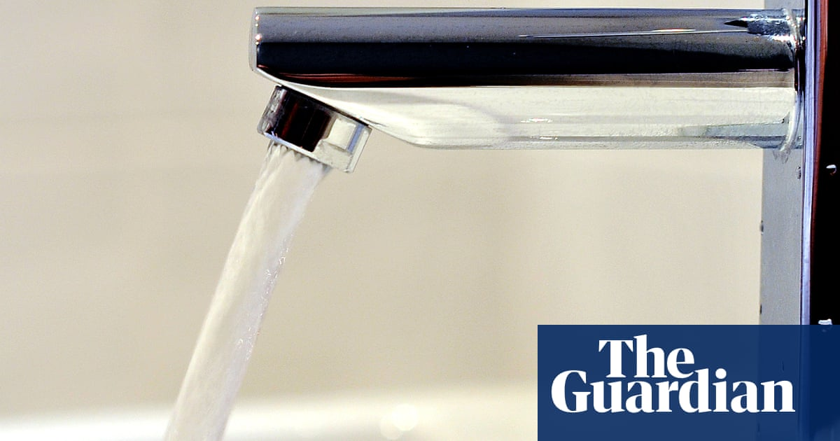 UK 'flying blind' on levels of toxic chemicals in tap water