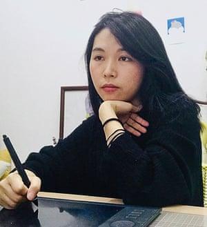 Head shot of illustrator Yang Sio Maan