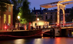 """An impression of Ai Weiwei's installation """"thinline"""" at the Amsterdam Light Festival"""