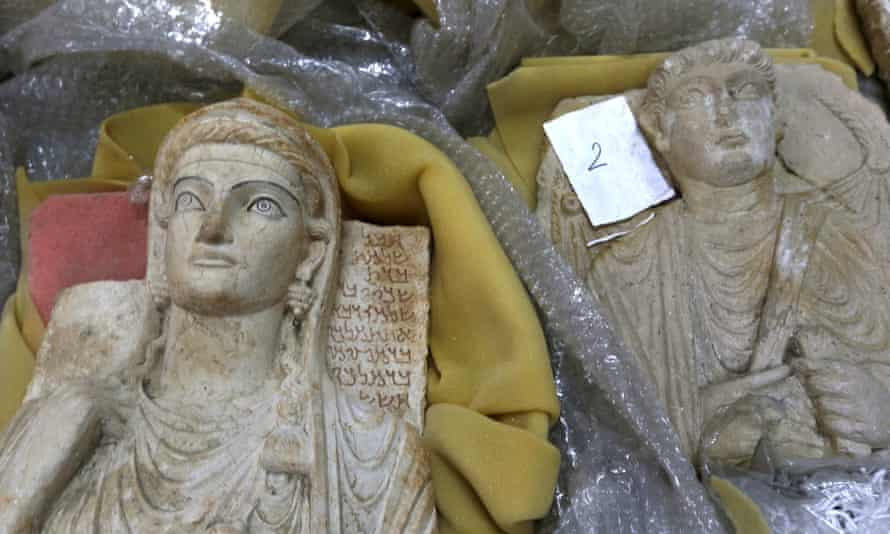 Syrian antiquities taken into storage in Damascus to protect them from Isis