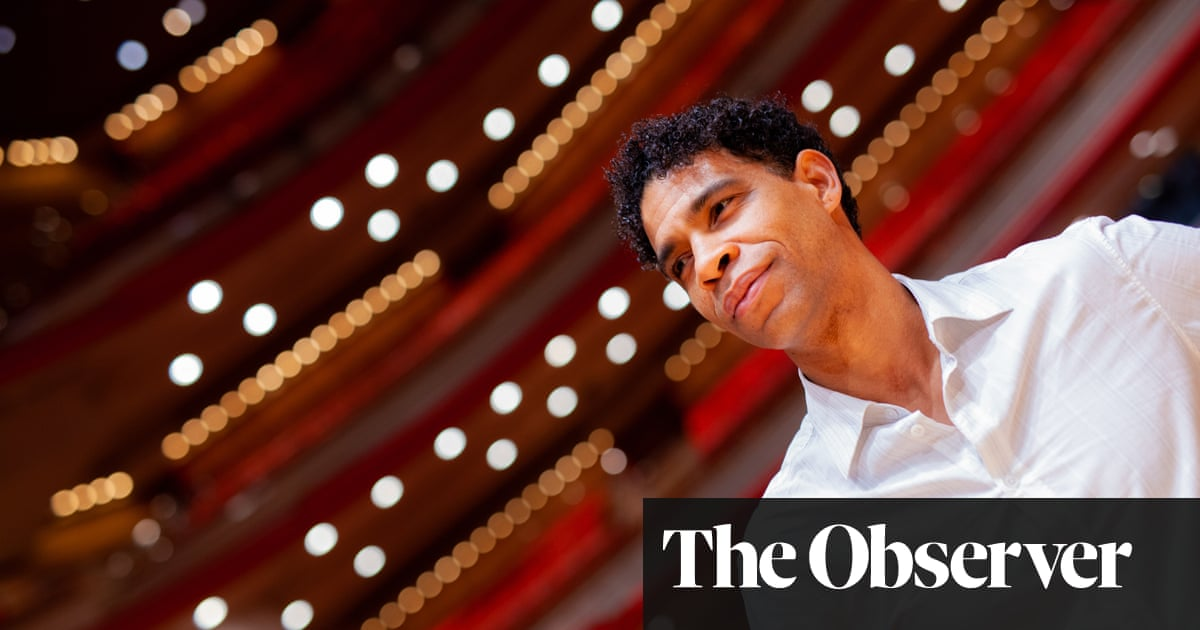 Carlos Acosta: 'There's a danger we'll lose a whole generation of young dancers'