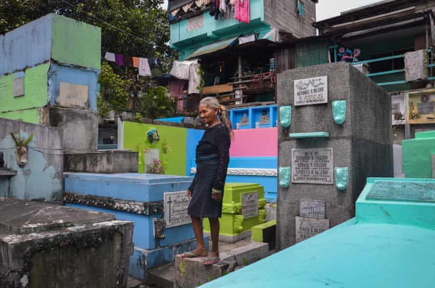 Navotas cemetery, on the Manila coast