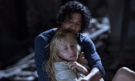 Naveen Andrews and Daryl Hannah in Sense8.