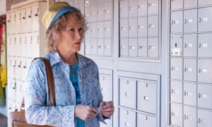 Meryl Streep lifts Steven Soderbergh's TV-friendly The Laundromat, on Netflix now.