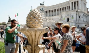 In Rome, it is easy to fill your bottle with water from a fountain.