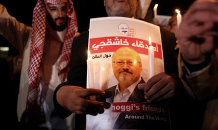 A protester wears a mask of the Saudi crown prince, Mohammad bin Salman, during a demonstration in front of Saudi Arabian consulate in Istanbul, Turkey, on 25 October 2018.