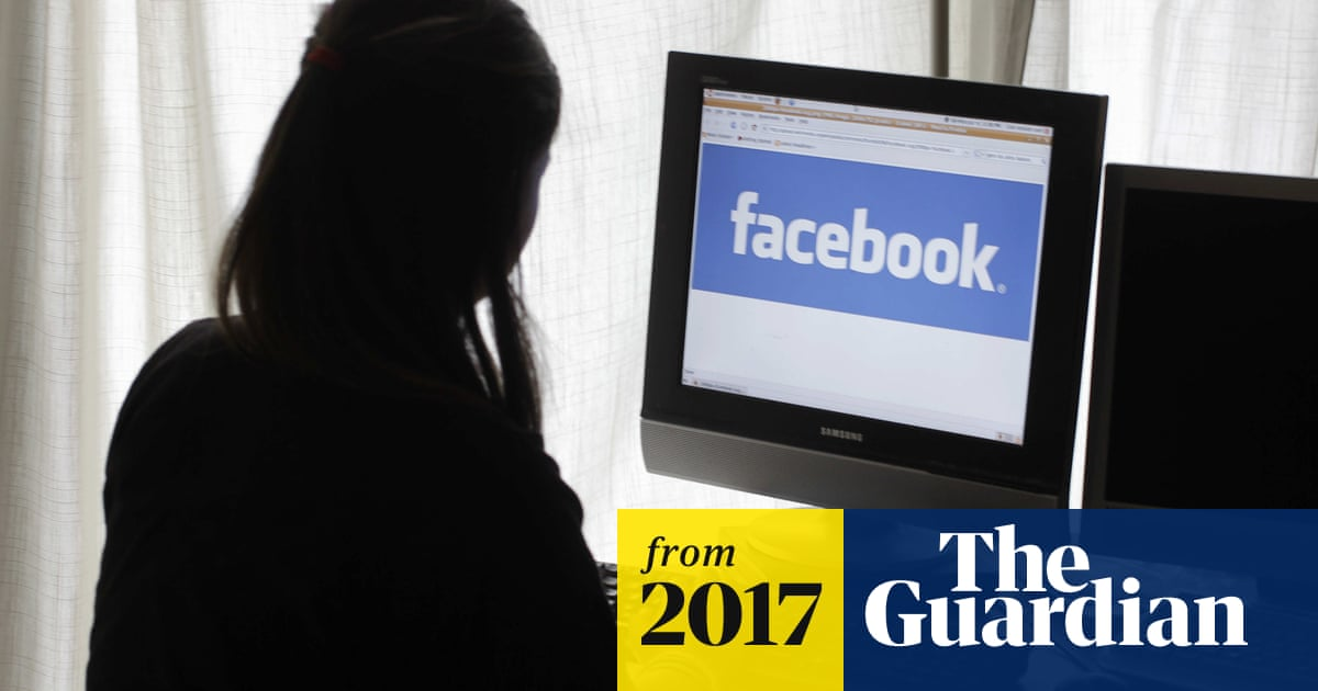 Facebook Told Advertisers It Can Identify Teens Feeling Insecure