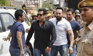 Salman Khan arrives at court