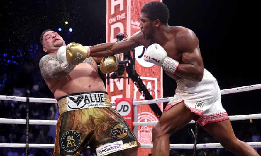 Anthony Joshua was disciplined throughout and restricted Andy Ruiz Jr's opportunities to break through his defence.