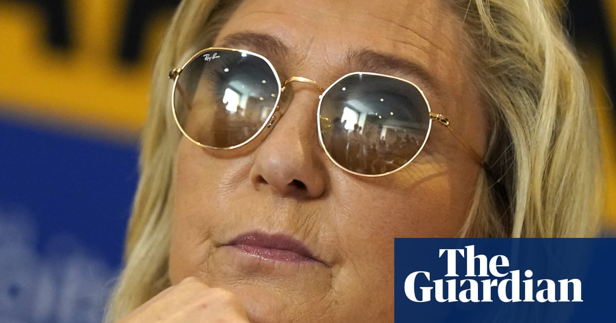 Marine Le Pen poised to make gains in France's regional elections