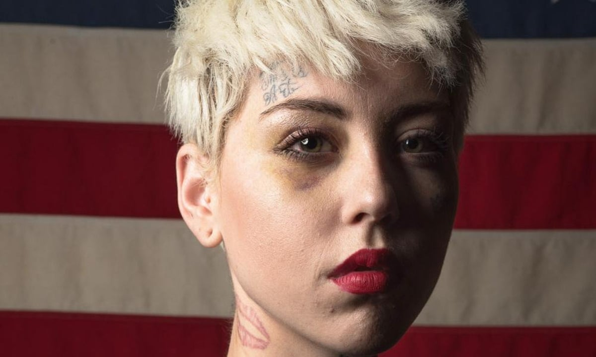 Artist that painted Trump nude with serious shrinkage