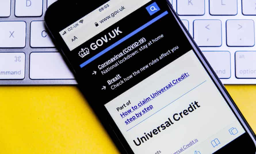 a smartphone showing the universal credit webpage