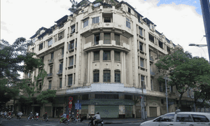 The art deco 213 Dong Khoi apartment building was demolished in 2014 to make space for a new wing for the People's Committee of Ho Chi Minh City