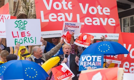 Boris Johnson surrounded by Leave and Remain activists in Winchester during the 2016 referendum campaign. New research highlights the strength of pro-Remain support among Tory voters.