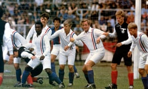 Pelé, John Wark, Sylvester Stallone and Michael Caine in Escape to Victory (1981).