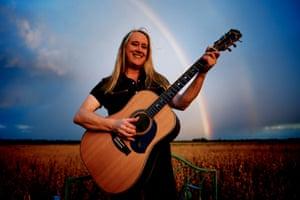 Australian blues guitarist Fiona Boyes
