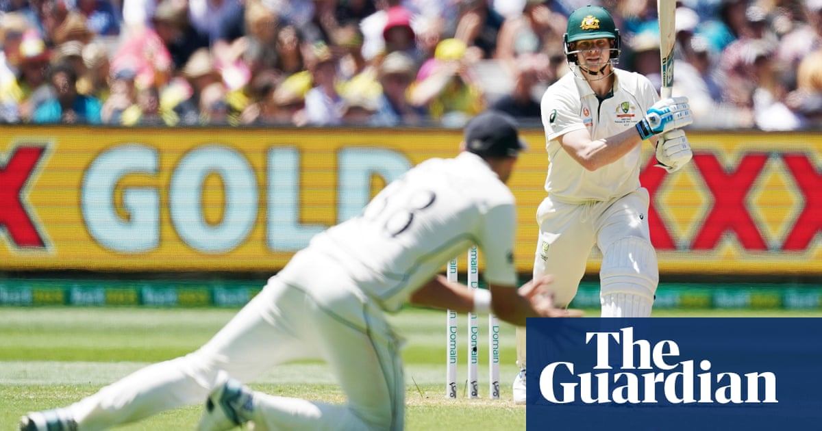 Steve Smith in the runs again in gripping opening to Boxing Day Test