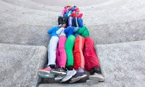 Bodies in Urban Spaces - Willi Dorner