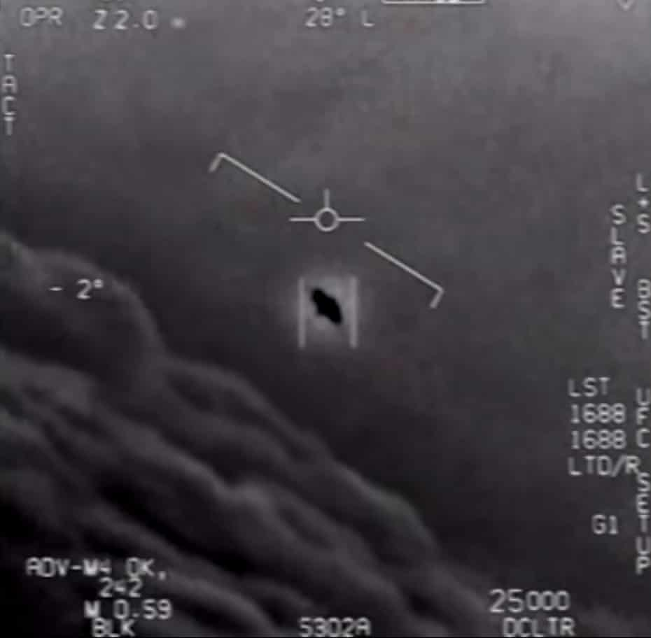 This video grab image obtained 28 April 2020 shows part of an unclassified video taken by navy pilots showing interactions with 'unidentified aerial phenomena'.
