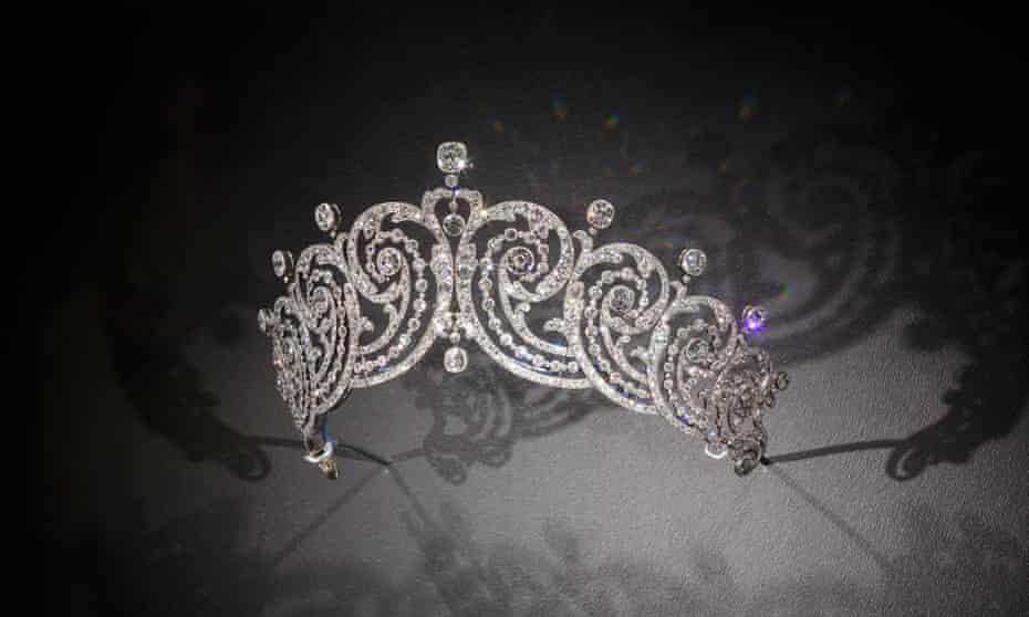The Cartier Paris Scroll Tiara