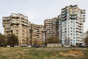 Aul housing complex, 1986, Almaty, Kazakhstan. Architects: B. Voronin, L. Andreyeva, Y. Ratushny, V. Lepeshov, V. Vi