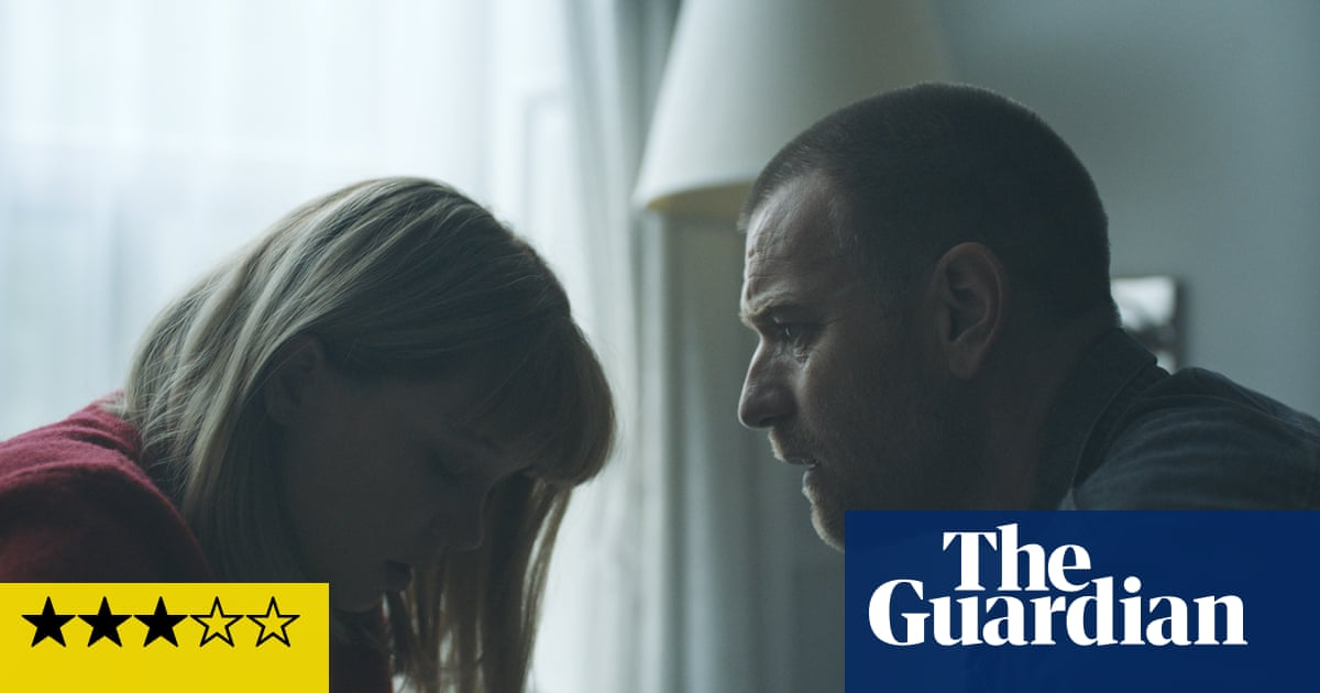 Zoe review – Ewan McGregor falls for a robot in stylish