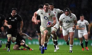 Sam Underhill of England breaks clear, to score, but the try is disallowed.