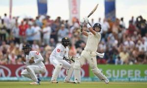 England batsman Sam Curran pulls a ball for 6 runs.