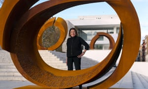 Beverly Pepper with sculptures in the Curvae series installed in front of the Ara Pacis Museum in Rome in 2014.