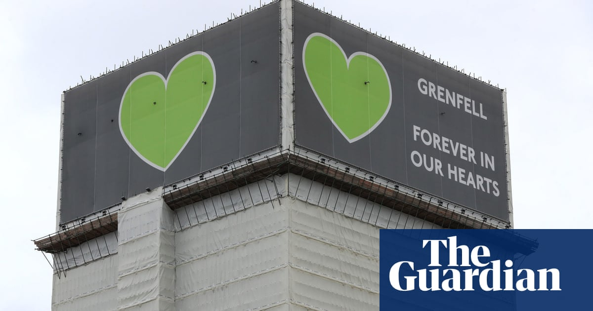 Council 'prioritised cost over safety', Grenfell Tower inquiry hears