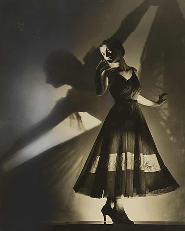 Fashion photograph by Max Dupain