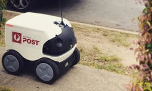 Australia Post are trialling a new parcel delivery service in the Brisbane suburb of New Farm using an autonomous robot.