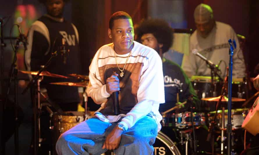 Jay-Z performs with The Roots in 2001.