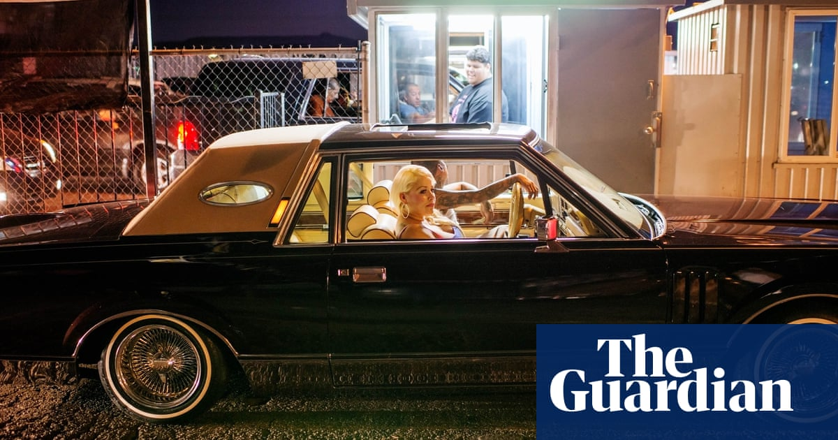 100 hours behind the wheel with the lowriders of Los Angeles – photo essay
