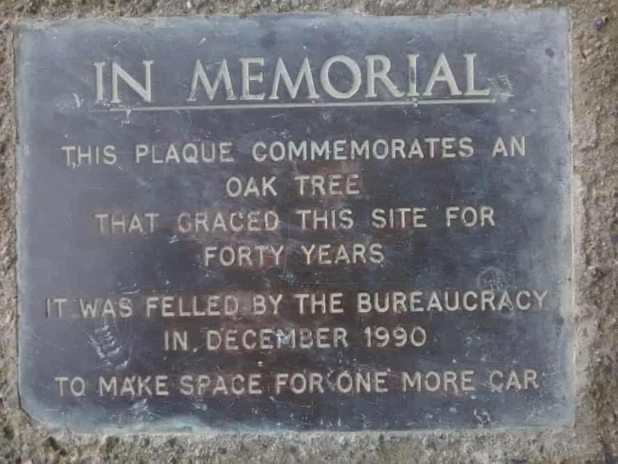 A rather grumpily-phrased plaque in New Zealand.