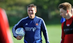 New Sunderland manager Phil Parkinson takes his first training session on Thursday.