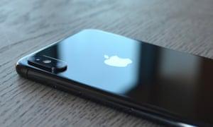 Apple's £999 iPhone XS