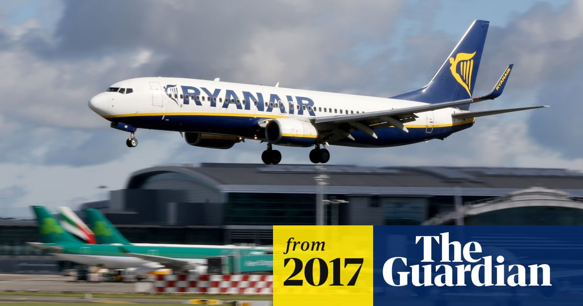 Ryanair pilots face HMRC investigation over airline's