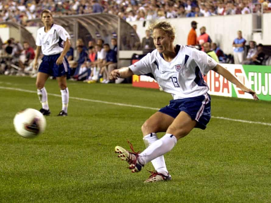 Kristine Lilly puts in a cross during the USA's 5-0 win over Nigeria at FIFA Women's 2003 World Cup, one of her 352 internationals.